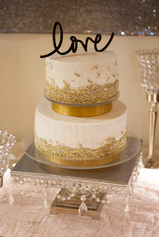 Habitue Coffeehouse Cakes to Remember Wedding Cakes - Love Cake