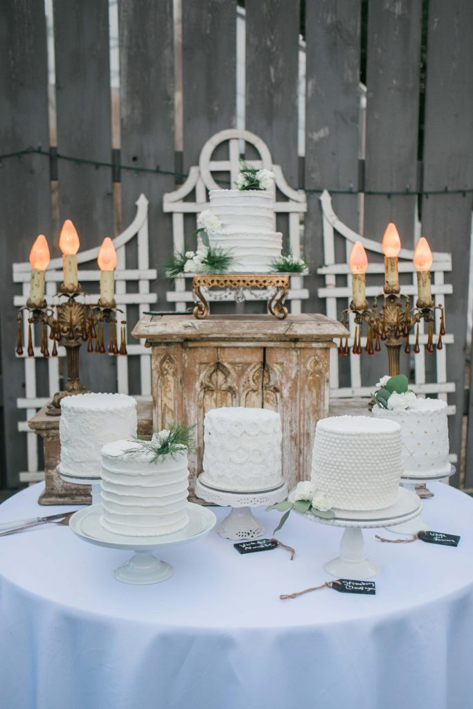 Habitue Coffeehouse Cakes to Remember Wedding Cakes - Cake Display