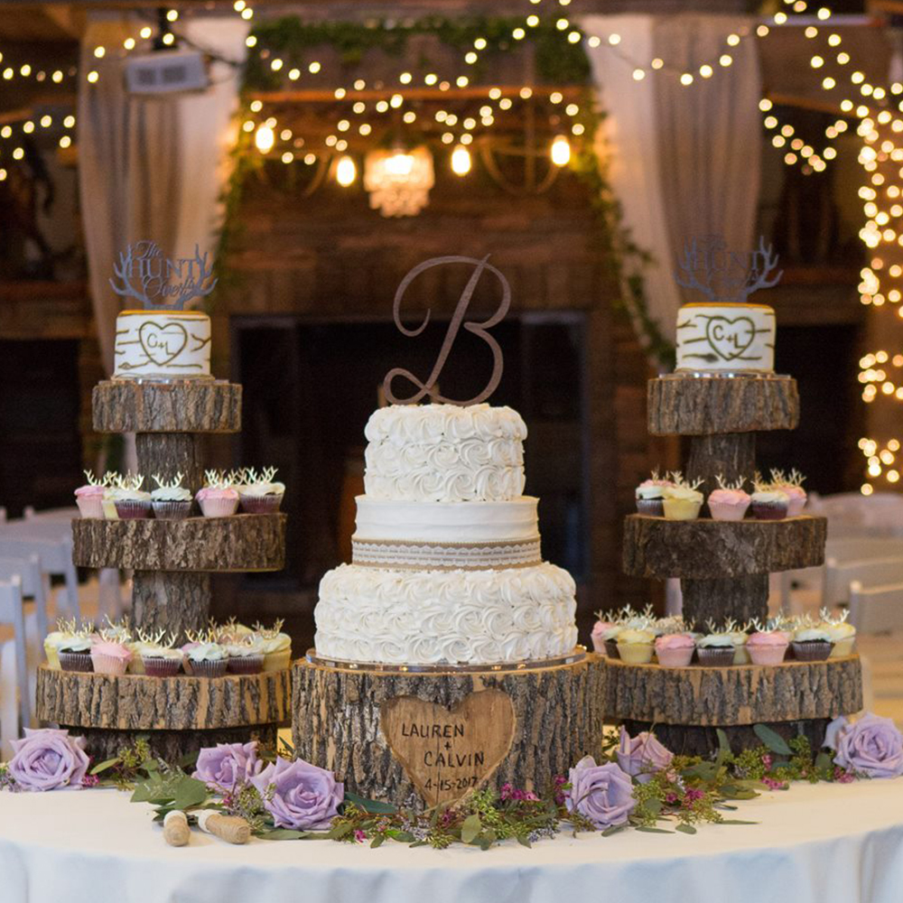 Habitue Coffeehouse and Cakes to Remember Wedding Cakes